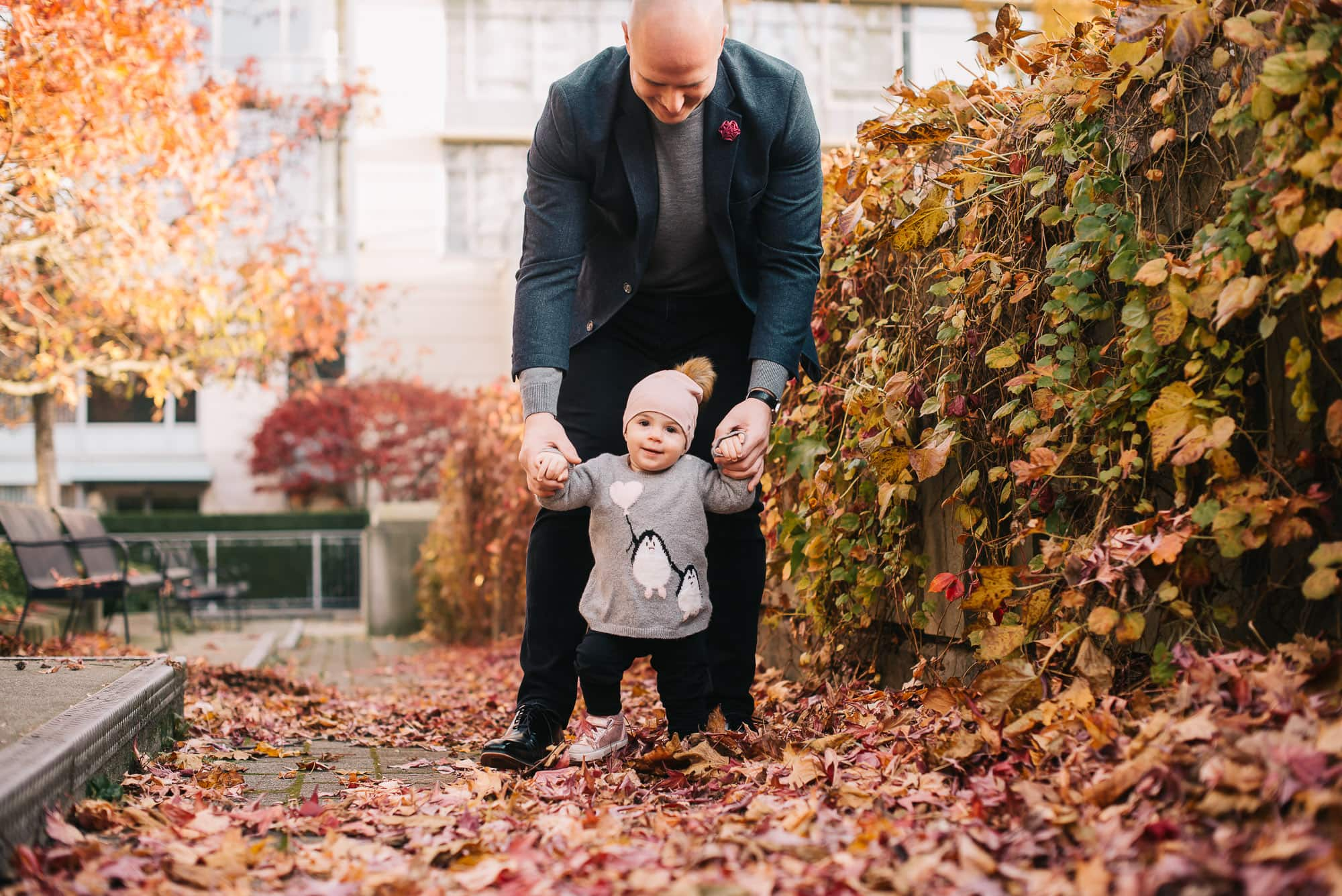 fun fall session in park with Vancouver Family Photographer