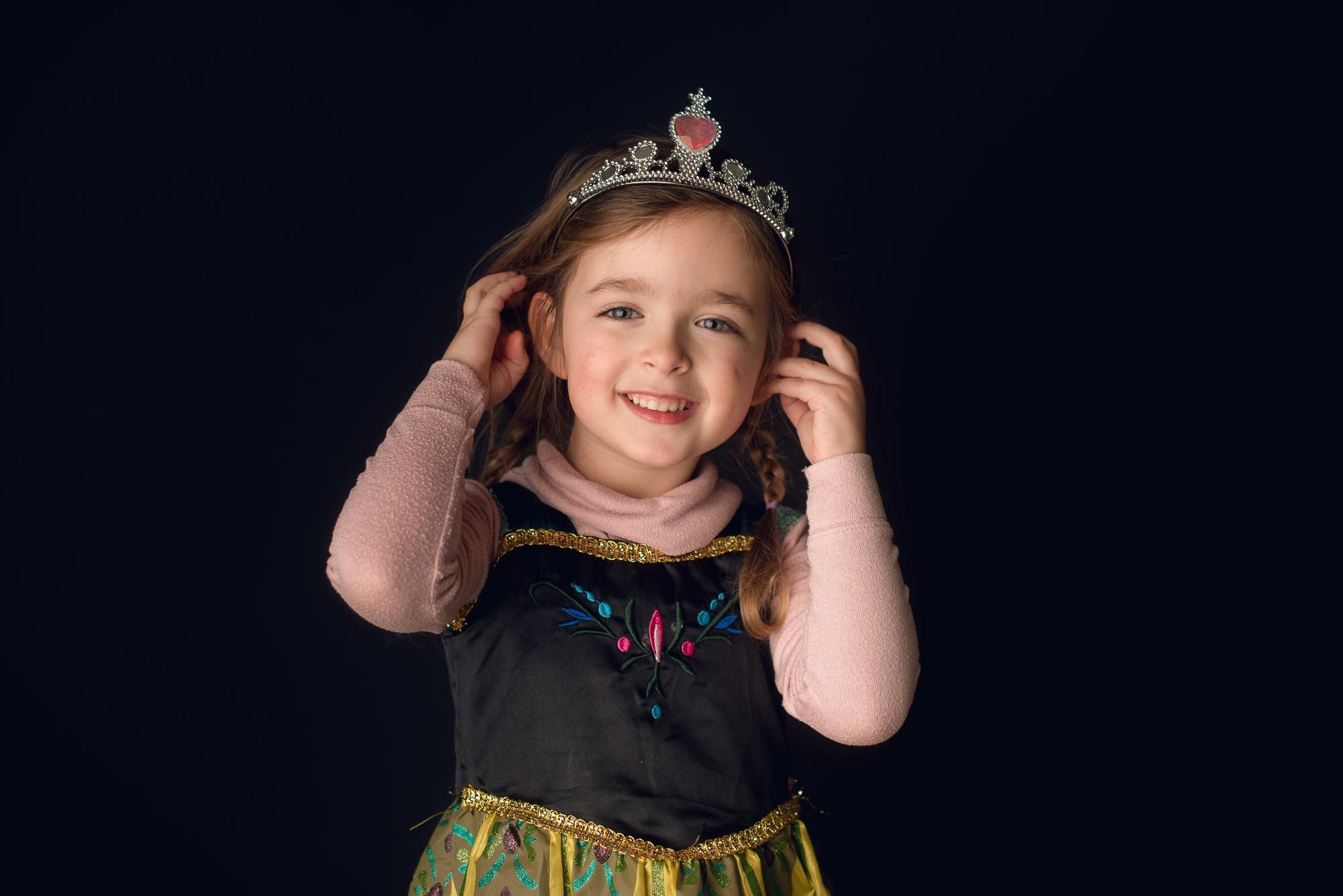 girl dressed like princess anna